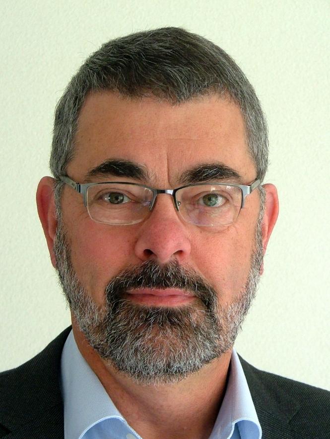 Jan Snoeij, President and Senior Consultant at MOMi